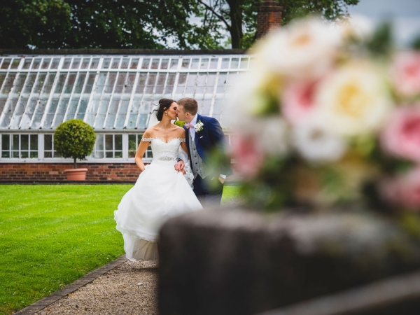 derbyshire wedding photographer, yeldersley hall weddings