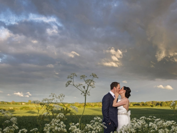 gloucestershire wedding photographer, cripps barn