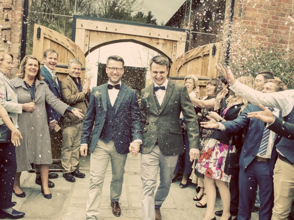 warwickshire wedding photographer, shustoke barn
