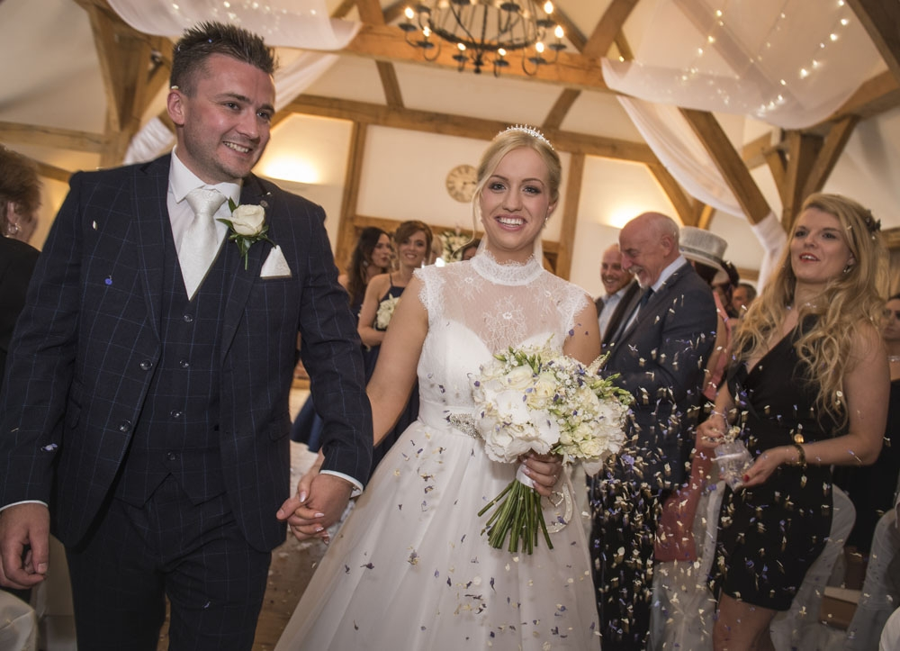 bride and groom confetti, cheshire wedding photographer, sandhole oak barn