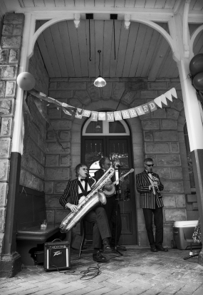 black and white jazz band, alton station, staffordshire wedding photographer, heath house weddings