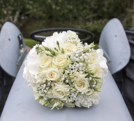 white rose bouquet, cheshire wedding photographer, sandhole oak barn
