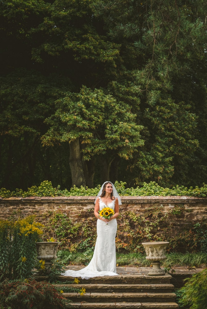 surrey wedding photographer, artington house weddings