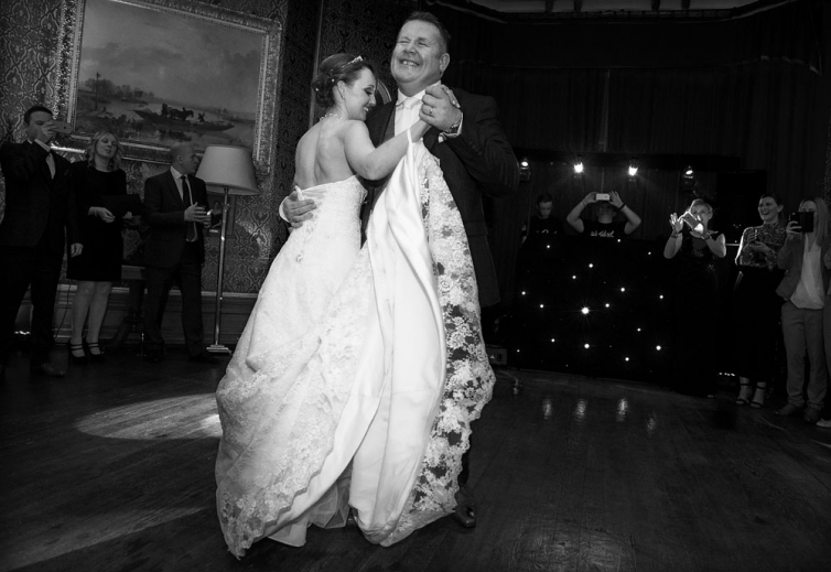 black and white bride and groom first dance, staffordshire wedding photographer, heath house weddings